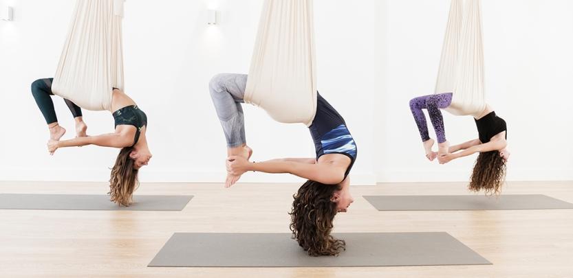 antigravity yoga con samadhi yoga